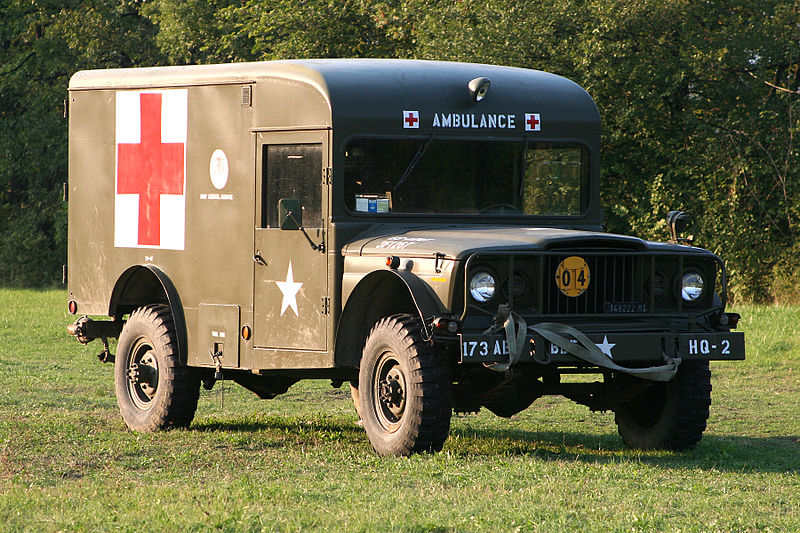 800px-Jeep_M725%2C_military_ambulance.jpg